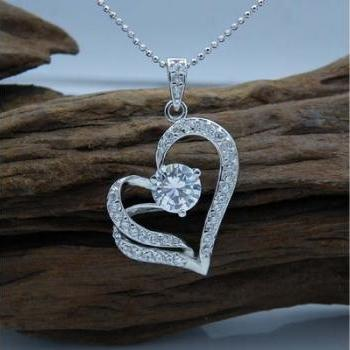 Fashion Heart Necklace (Color Silver)